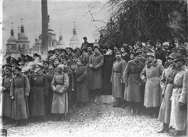 Михайло Грушевський на мітингу - фото…